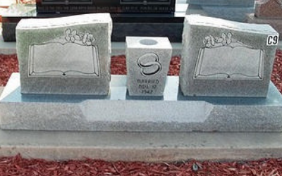 Double Upright Headstone